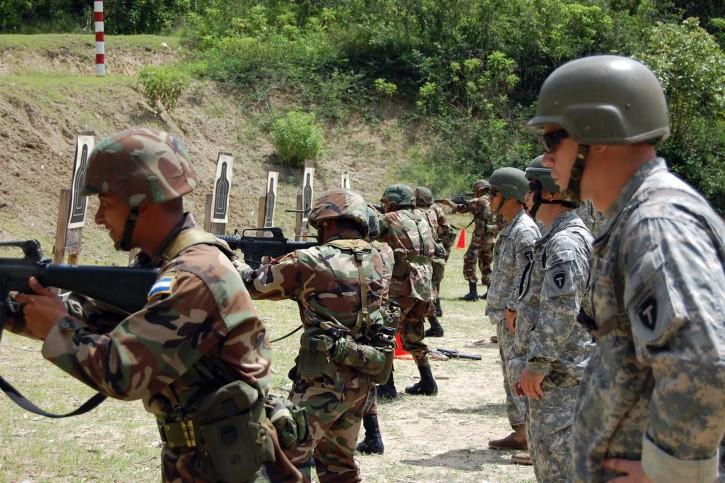 Honduran Death Squads Murder Peasants In The Bajo Agu 225 N