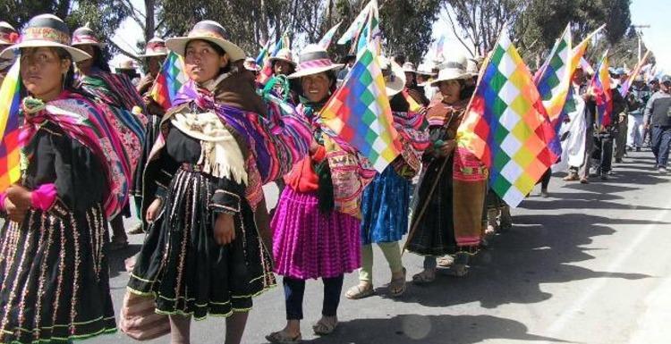 http://www.internationalist.org/lapazmanifestantes050523.jpg