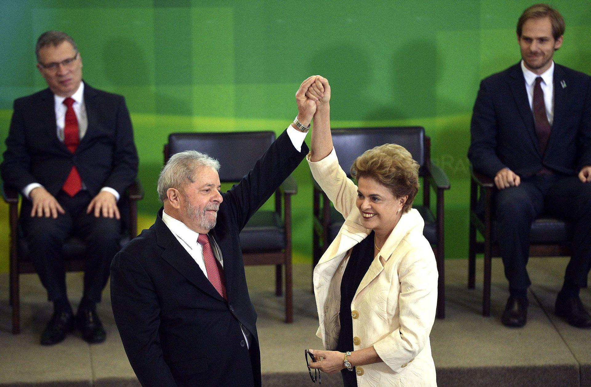 Dilma_empossa_Lula_como_Ministro_Chefe_da_Casa_Civil