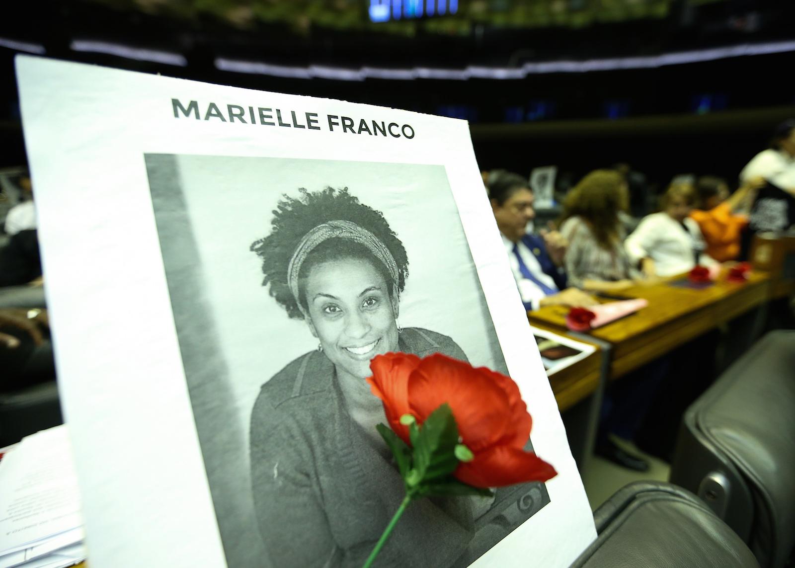 O atentado contra Marielle continua